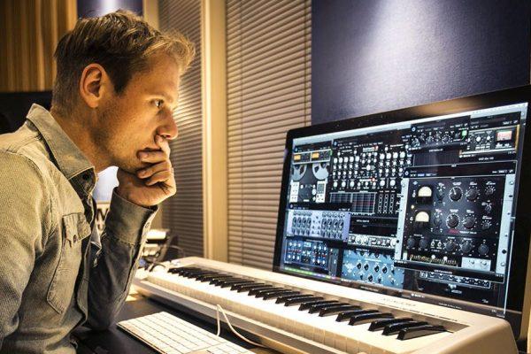 DJ Interview: ARMIN VAN BUUREN – The World's Number One